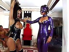 Freaks serve shemale in latex orgy