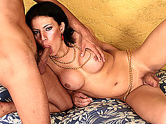 Tranny Allana Ribeiro Has Her Ass Fisted