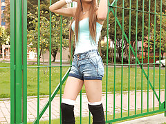 Watch the lovely transsexual Daniela Martinez jerk herself and stuff her ass!